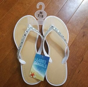 Shoes - New!!! White w/sparkly beading flip flops